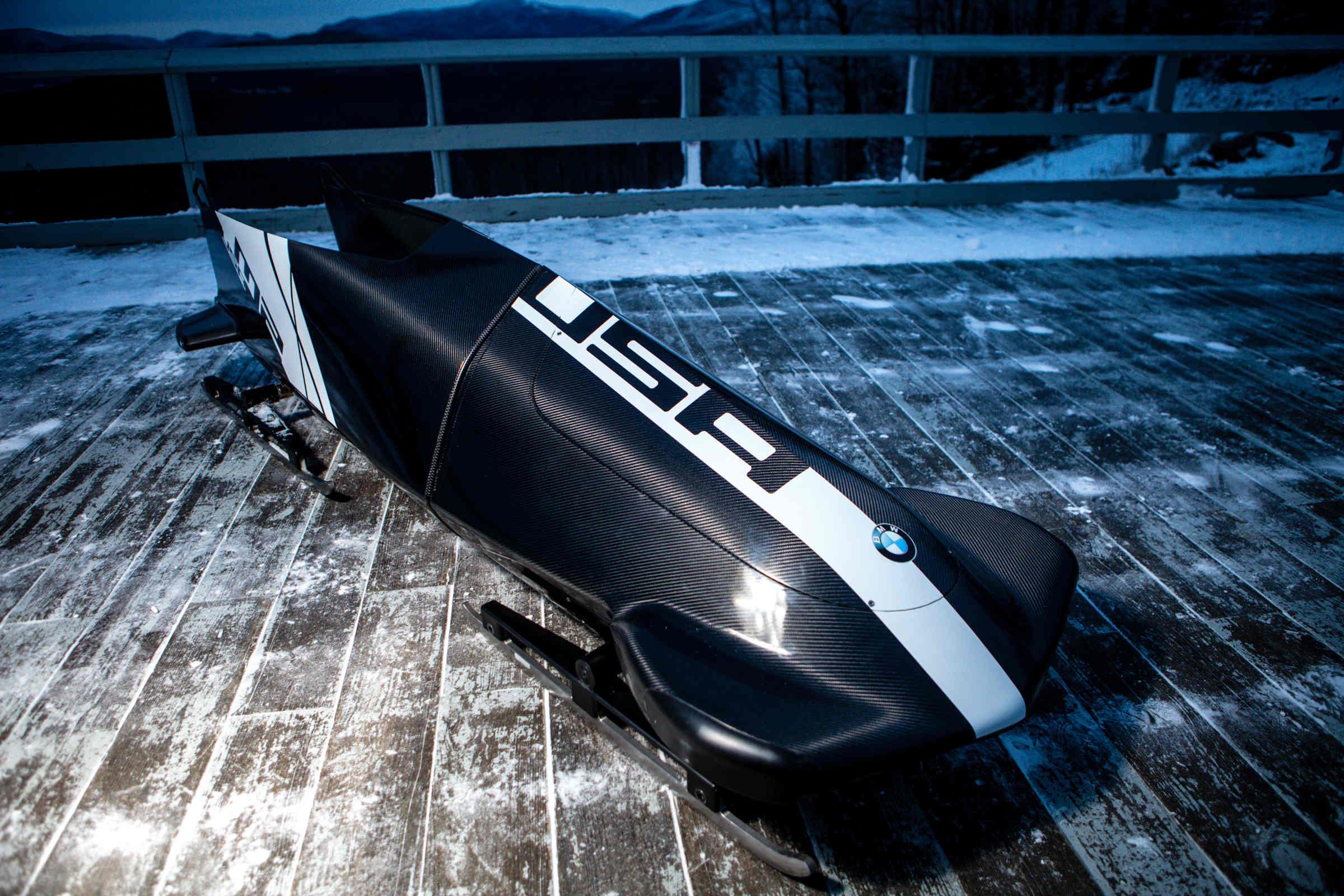 BMW_Bobsleigh_1