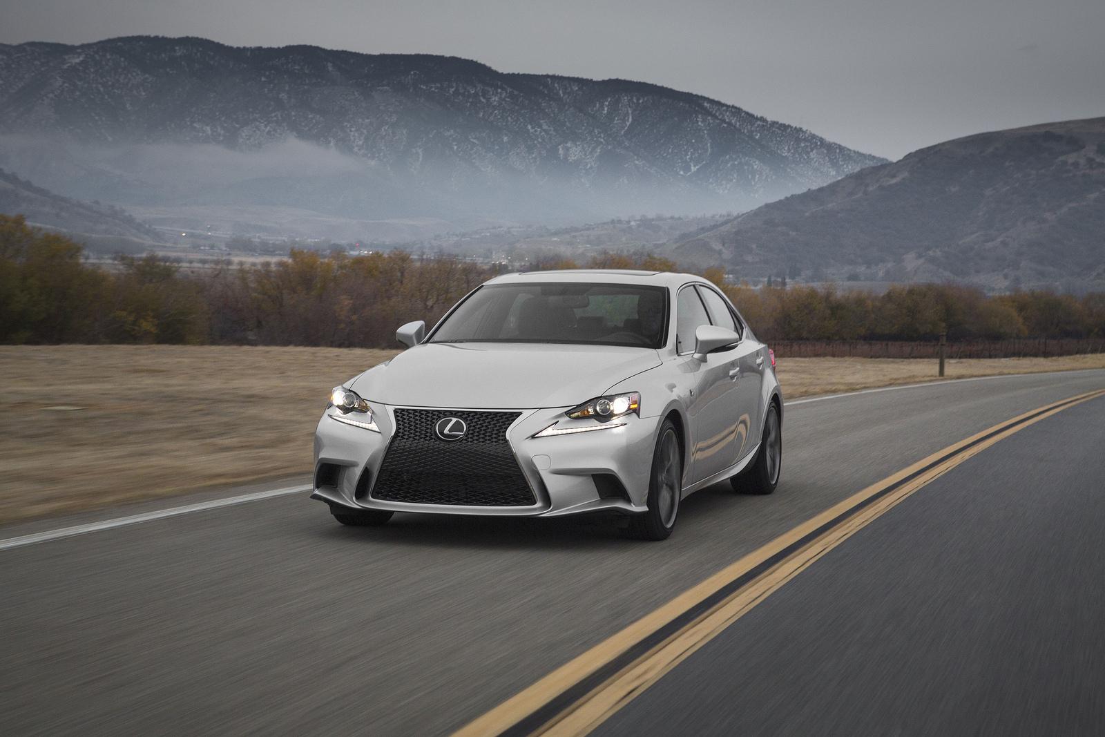Lexus IS 2013