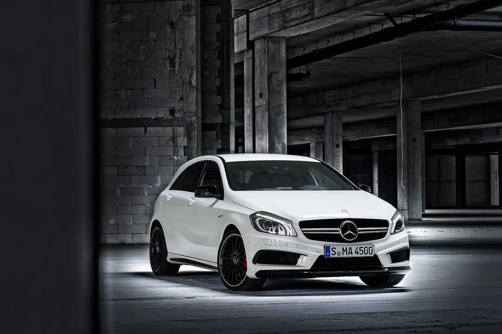 Mercedes-A45-AMG-2013-8