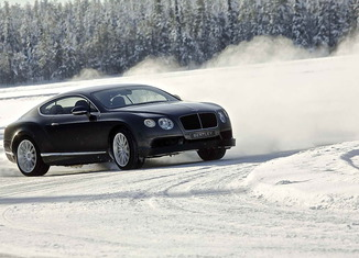 Bentley_Power_on_Ice_02