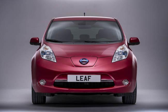 Nissan_Leaf_2013_5