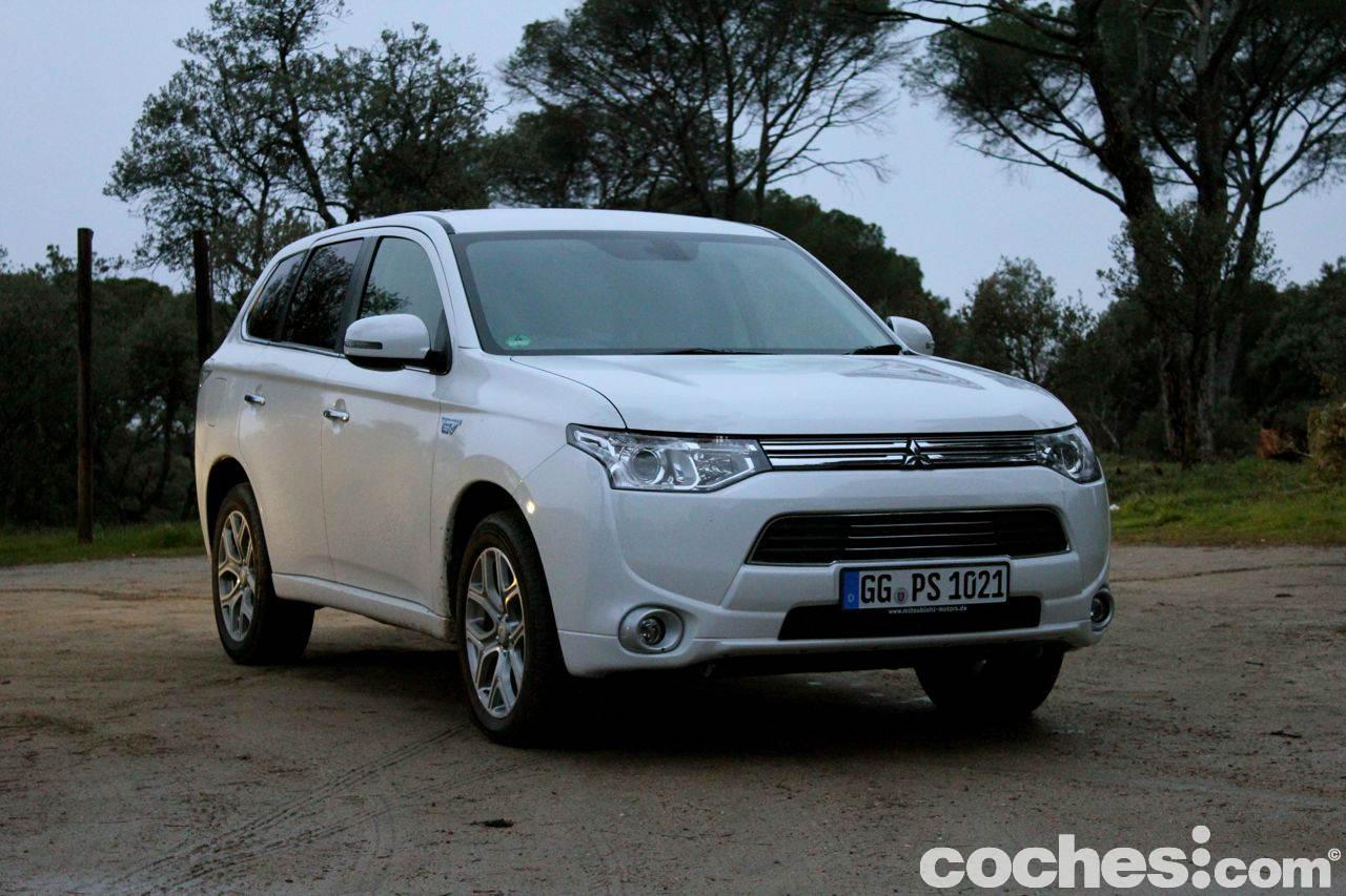 Prueba Mitsubishi Outlander PHEV 35