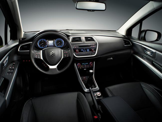 Suzuki SX4 2013 interior