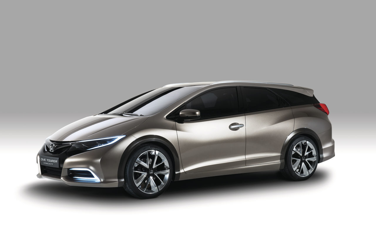 Honda Civic Tourer Concept 02