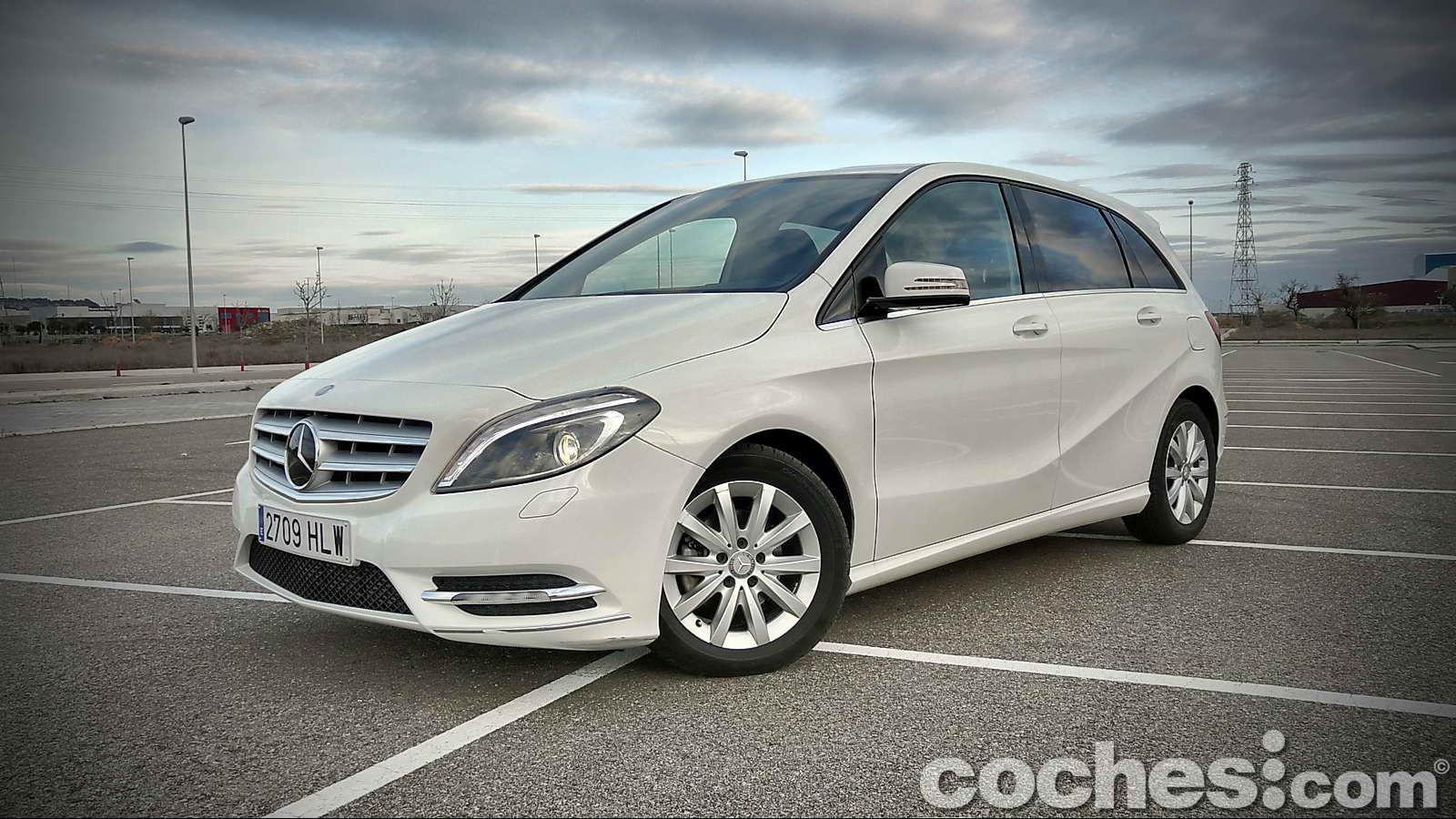 Mercedes_Benz_Clase_B_180_CDI_01