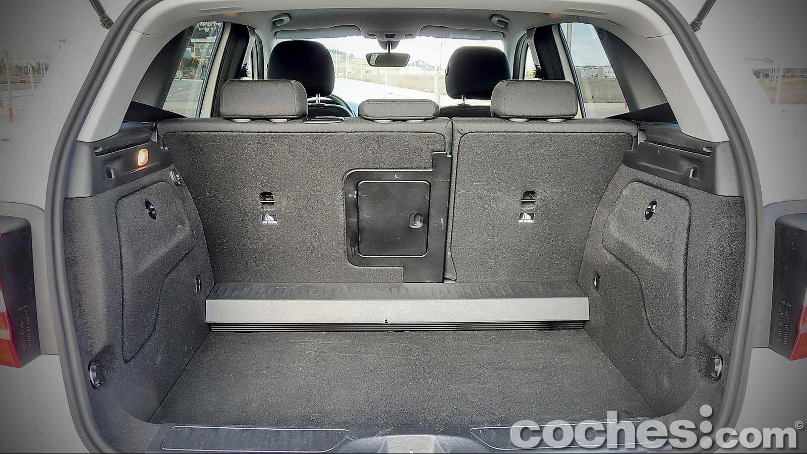 mercedes gla 180 cdi 7g dct mercedes gla best car review. Black Bedroom Furniture Sets. Home Design Ideas