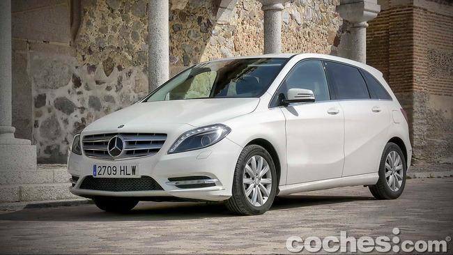 Mercedes_Benz_Clase_B_180_CDI_25