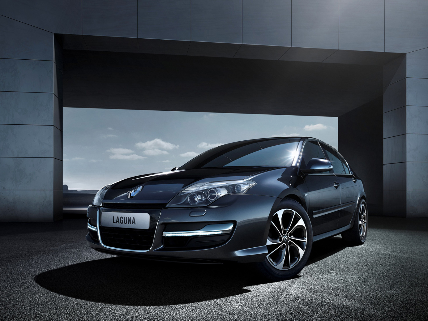 Renault Laguna Collection 2013 2