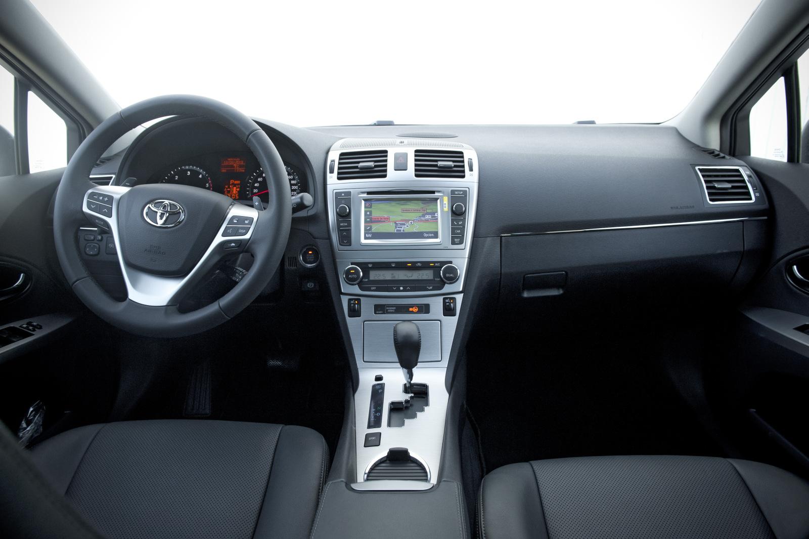 Toyota Avensis 2013 Renovaci 243 N De La Gama