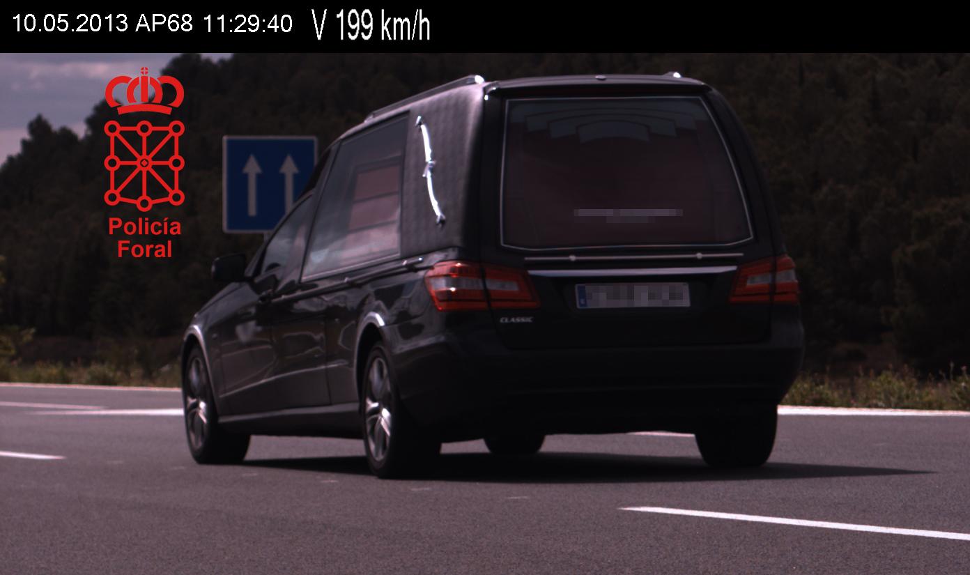 coche funebre radar