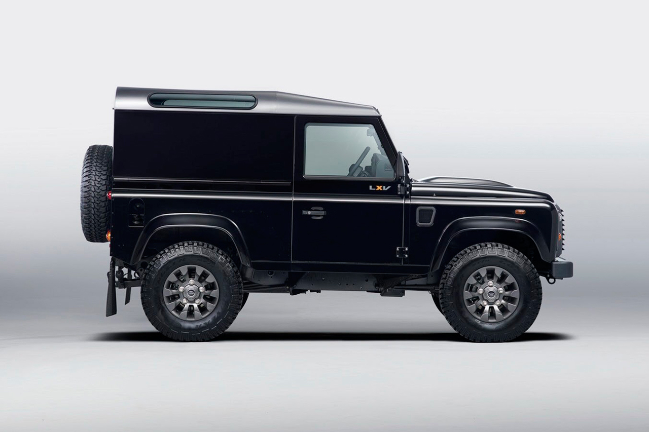 land rover defender lxv special edition 65 a os sin retirarse. Black Bedroom Furniture Sets. Home Design Ideas