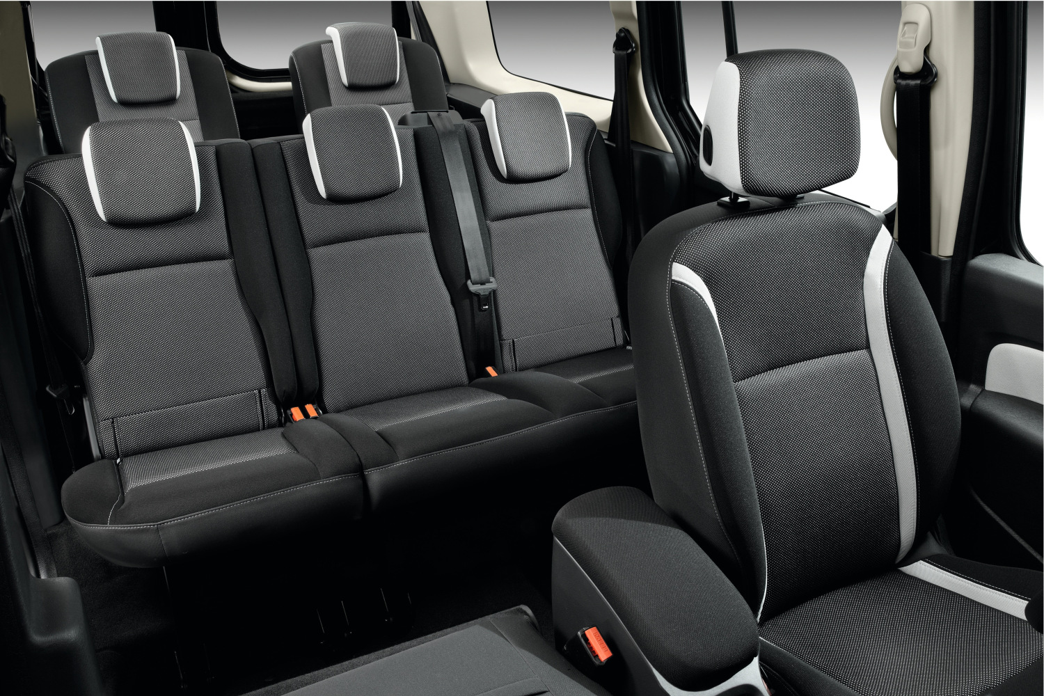 renault kangoo 2013 precios de la nueva gama. Black Bedroom Furniture Sets. Home Design Ideas