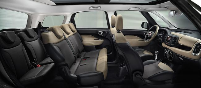 Fiat 500L Living interior 7 plazas