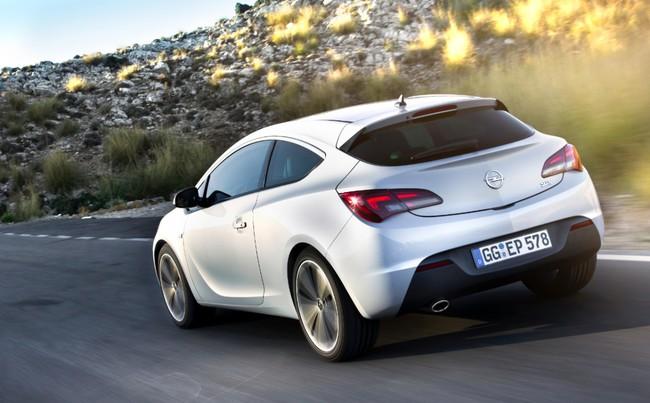 Opel Astra GTC blanco 3
