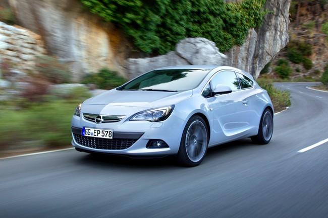 Opel Astra GTC blanco