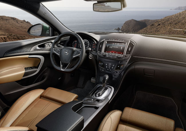 Opel Insignia 2013 12