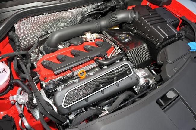 2014 Audi RS Q3 engine at Geneva Motor