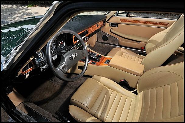Jaguar-XJS 4