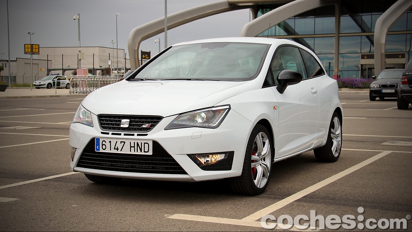 prueba contacto seat ibiza sc cupra 2013. Black Bedroom Furniture Sets. Home Design Ideas