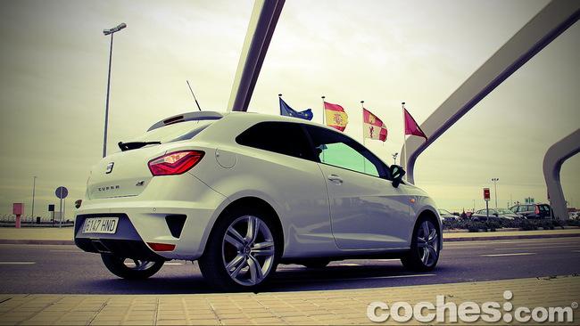 SEAT_Ibiza_SC_Cupra_11