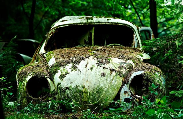 cementerio coches 2