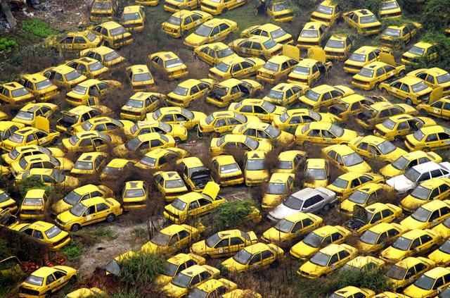 cementerio coches 3