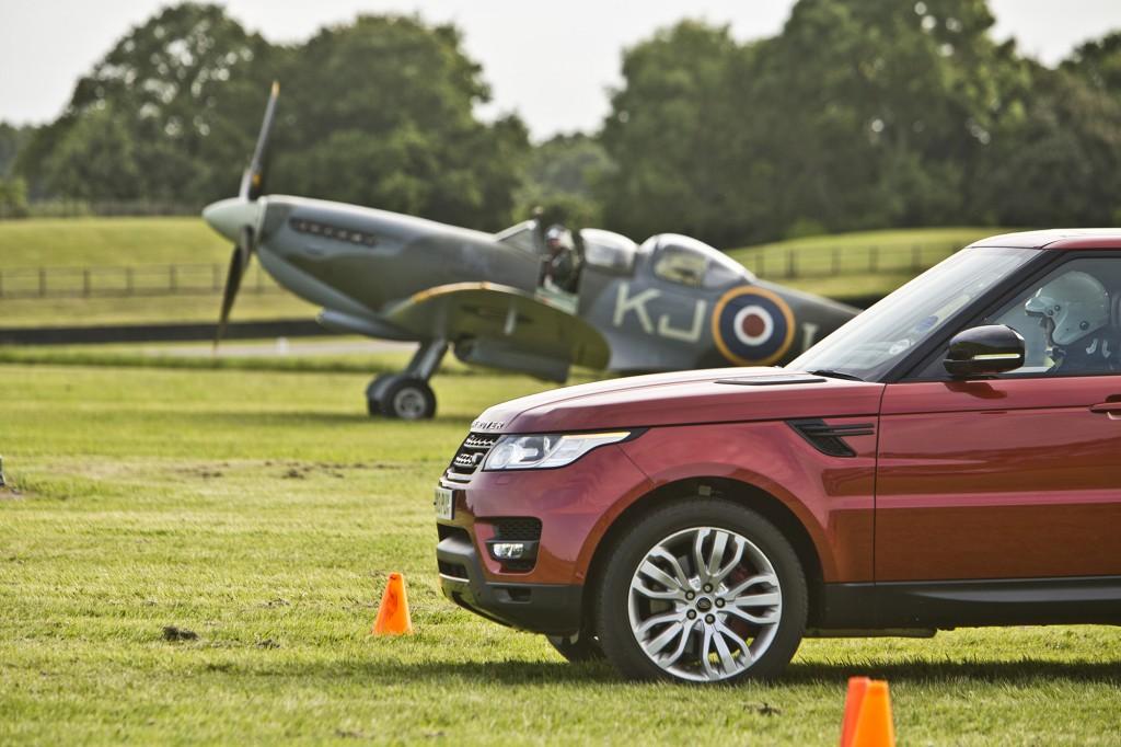 range-rover-sport-versus-spitfire