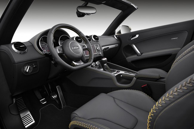 Audi TTS Roadster Competition 07 interior