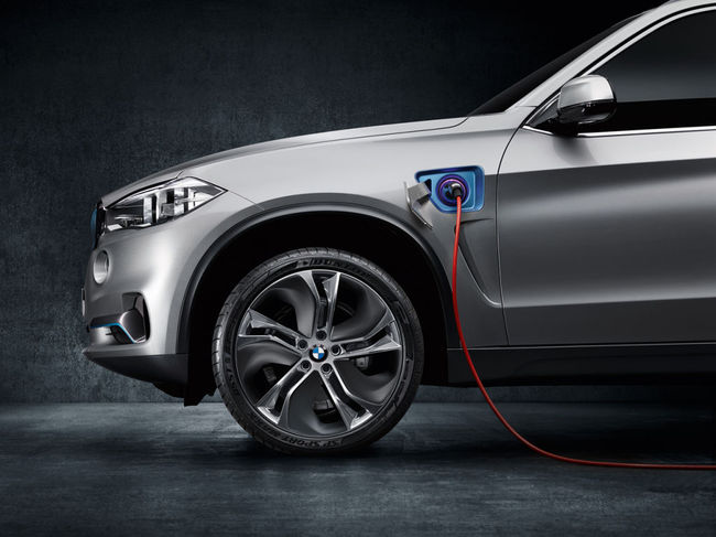 BMW X5 eDrive Concept 2013 02