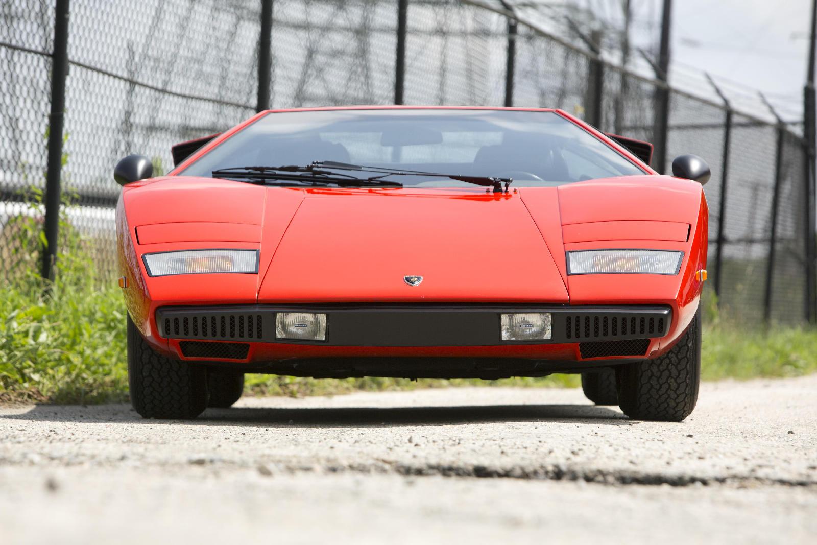 Lamborghini Countach Lp400 Periscopica El Pionero Sale A