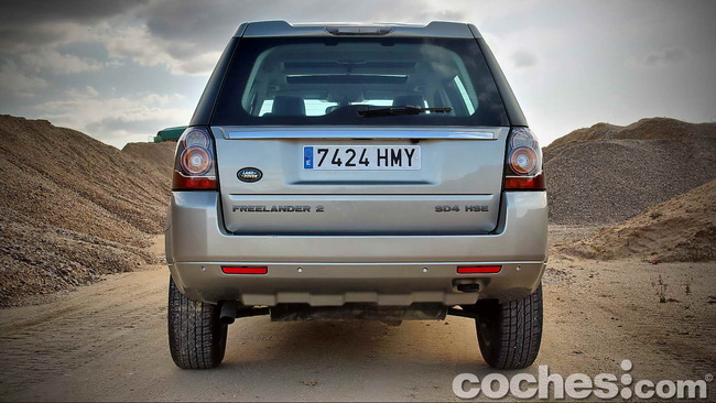 Land_Rover_Freelander_2.2_SD4_HSE_08