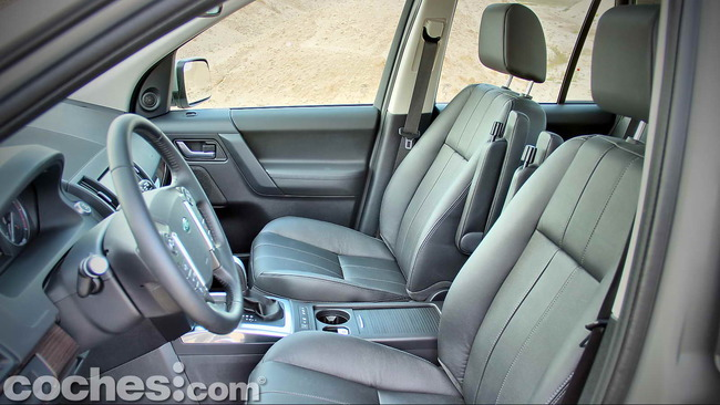 Land_Rover_Freelander_2.2_SD4_HSE_18