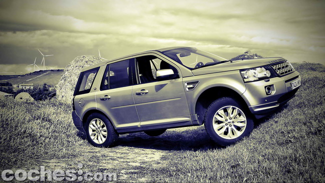 Land_Rover_Freelander_2.2_SD4_HSE_36