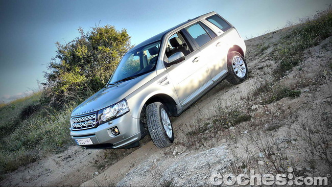 Land_Rover_Freelander_2.2_SD4_HSE_45