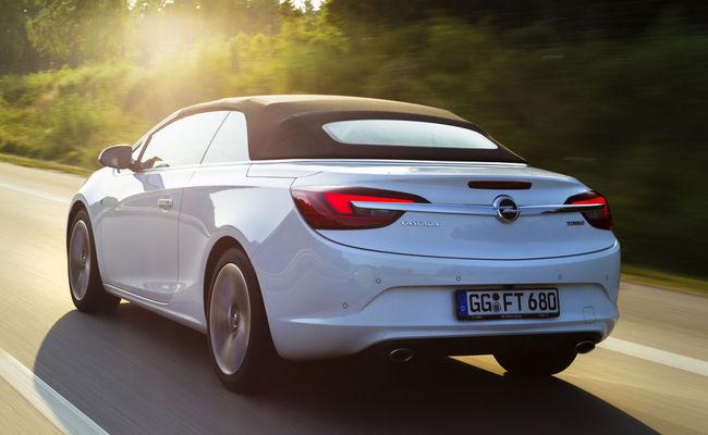 Opel Cabrio 200 CV trasera