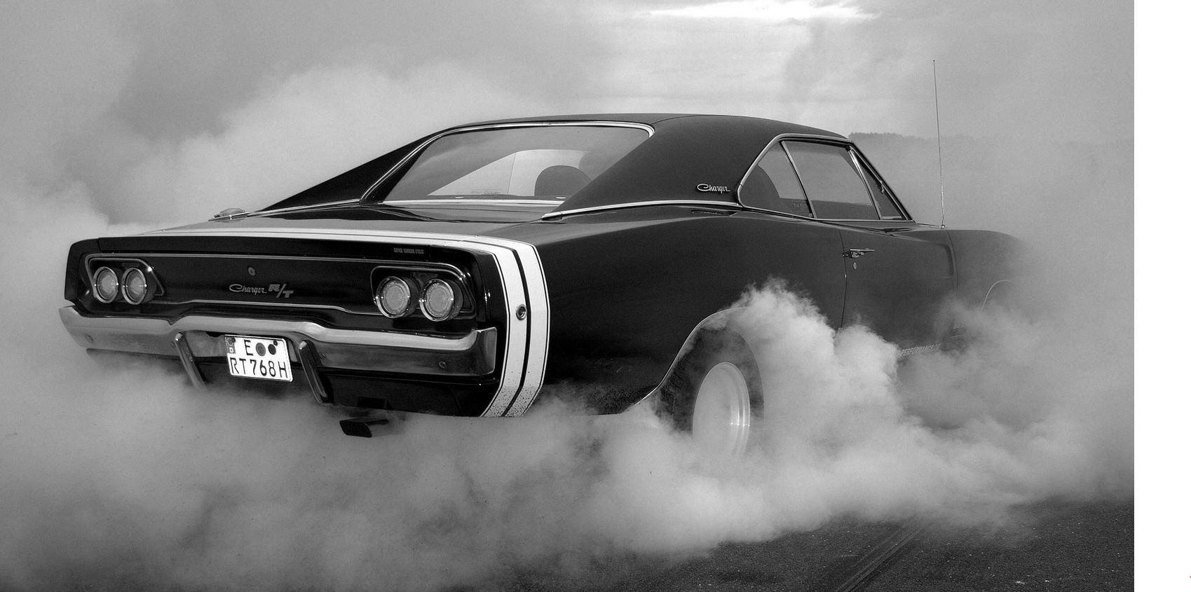 dodge charger quemada rueda