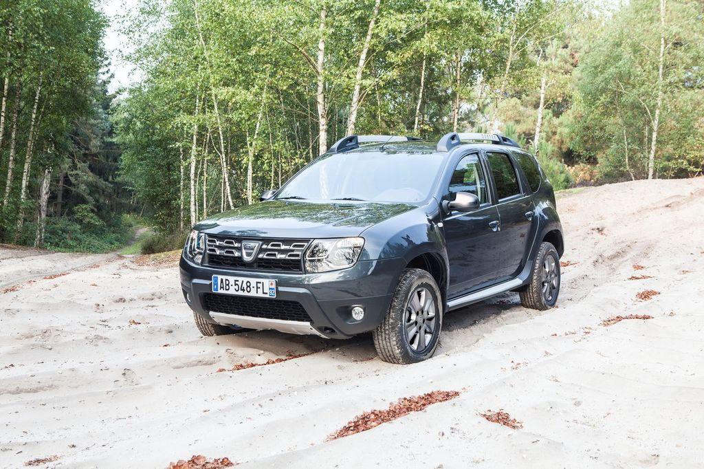 Dacia Duster 2014 08