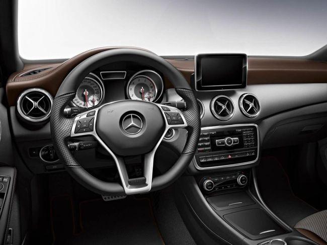 Mercedes GLA Edition 1 2013 04 interior