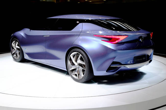 Nissan Friend-Me Concept 2013 29