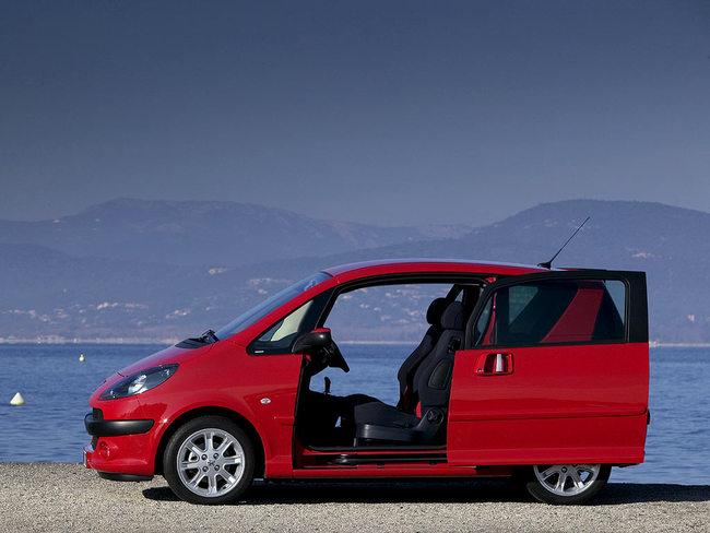 Los diez coches europeos que m s p rdidas han generado en - Coches con puertas correderas ...