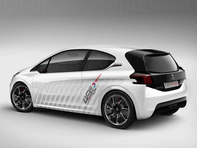 Peugeot 208 Hybrid FE Concept 01