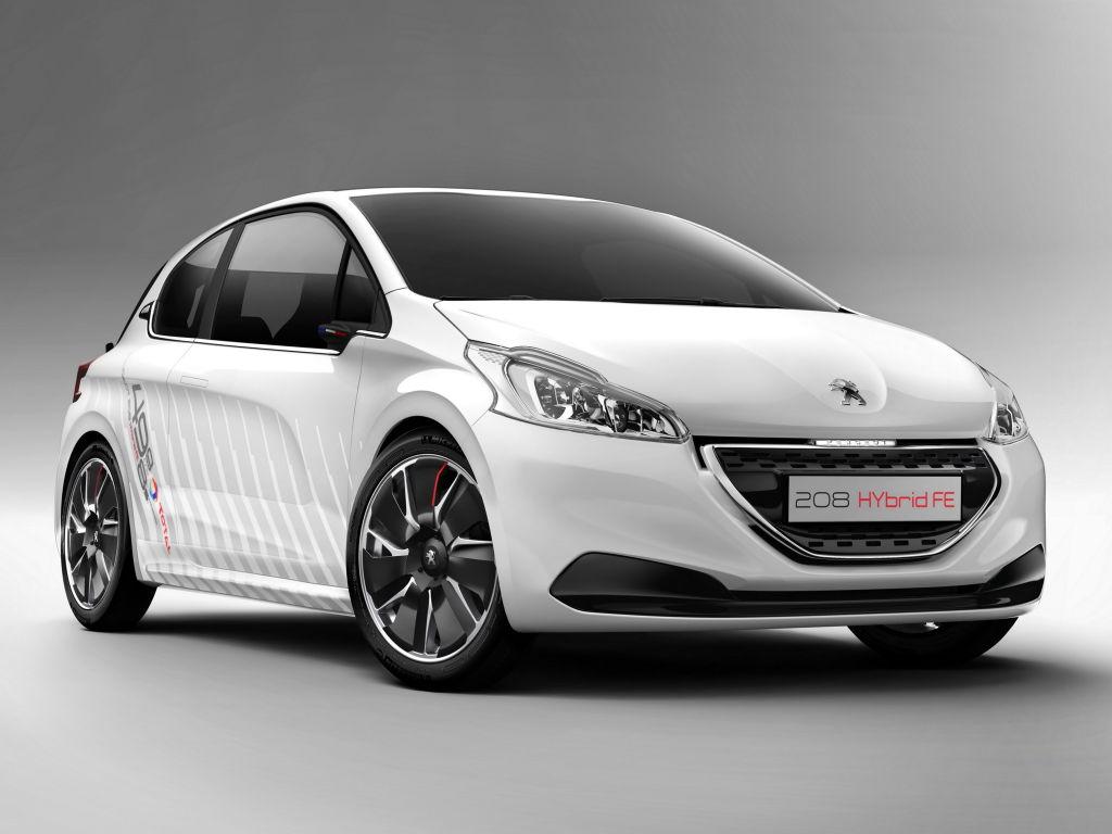 Peugeot 208 Hybrid FE Concept 02