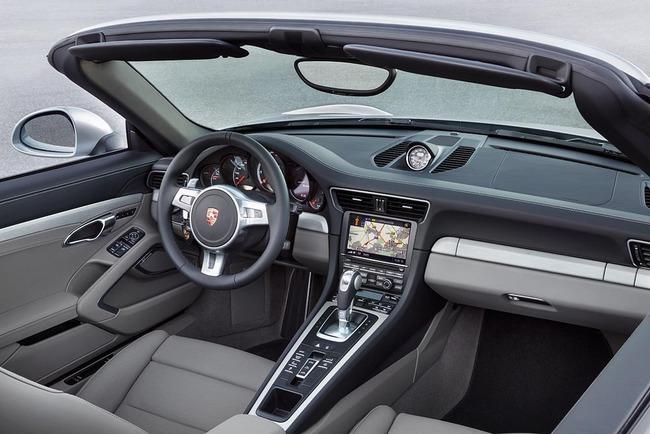Porsche 911 Turbo Cabriolet 2013 06 interior