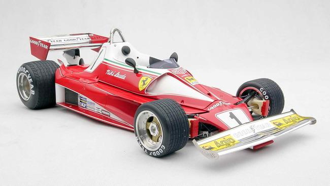 RUSH_Duelo_McLaren_Ferrari_09