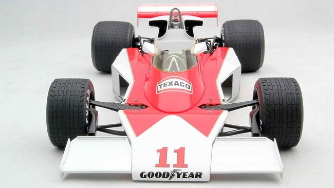 RUSH_Duelo_McLaren_Ferrari_18