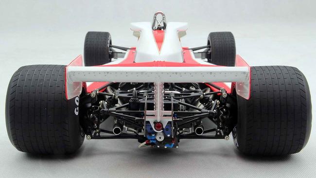 RUSH_Duelo_McLaren_Ferrari_32