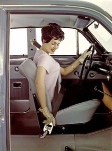 Volvo cinturon de seguridad 3 puntos 02