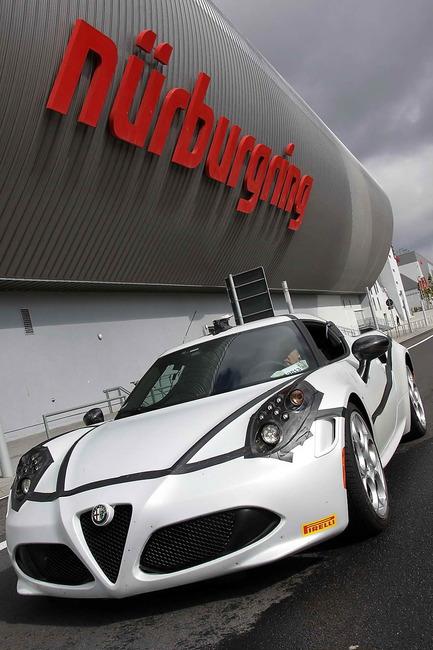 Alfa_Romeo_4C_Record_Nurburgring_03