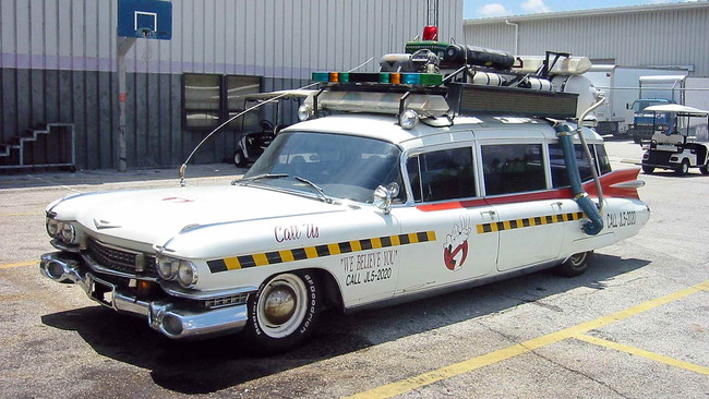 Cadillac_Ecto1a_Ghostbusters_II_05