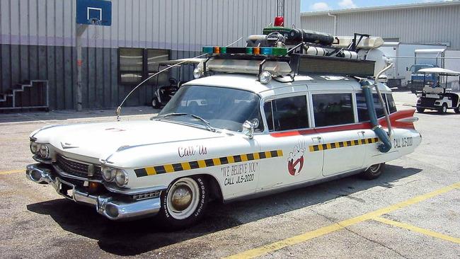Cadillac_Ecto1a_Ghostbusters_II_05